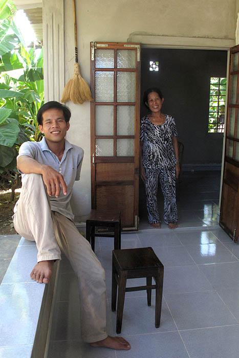 2011 07 29 Trang Family 03